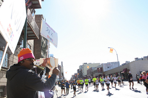 Mohammed Khaled cheers on NYC Marathon runners in Williamsburg (photo by Jasmine Brown)
