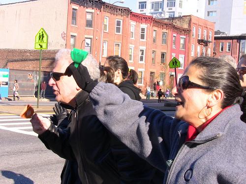 NYC Marathon: Cowbells in Gowanus