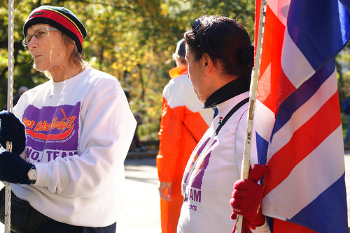 NYC Marathon: Waiting for their runners