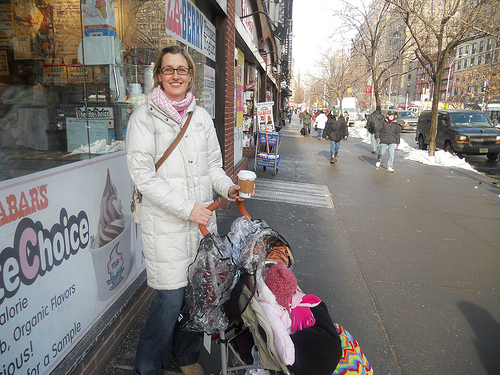 NYC Cold: Parents struggle with strollers in the snow
