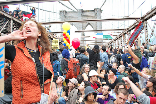 700 Occupy Wall Street protestors arrested on the Brooklyn Bridge