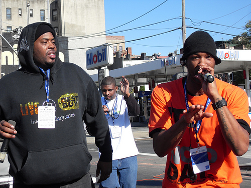 NYC Marathon: Runners Groove Into Hip-Hop Motherland