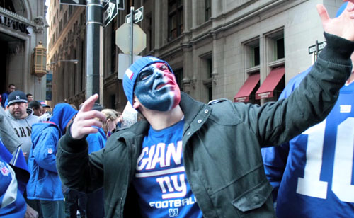 Giants Parade: Excited fan wears a Giants mask