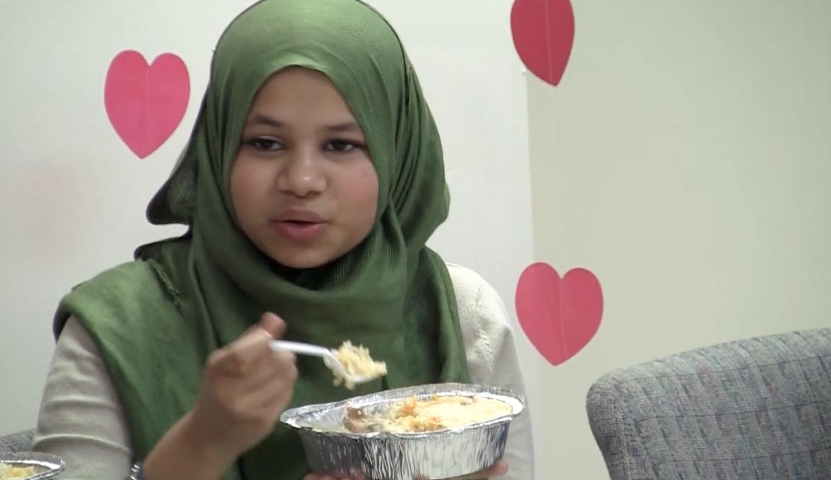 Group pushes for halal food in NYC schools