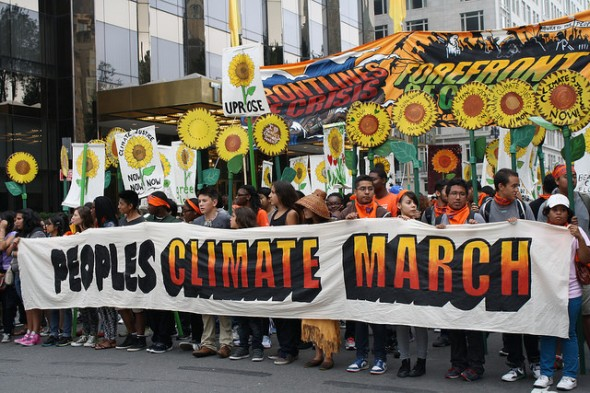 Climate change protest  draws hundreds of thousands